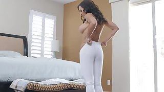North-easter natty MILF whore Lisa Ann gets cum after an ass fuck