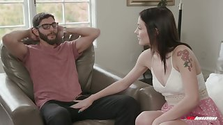 Nerdy BF is turned on by really good blowjob given by Rosalyn Sphinx