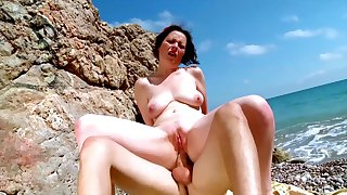 Nude mature fucked aloft holiday during a beach trip