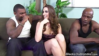Paige Turnah Gets 2 Heavy Deadly Cock And Loves Quickening